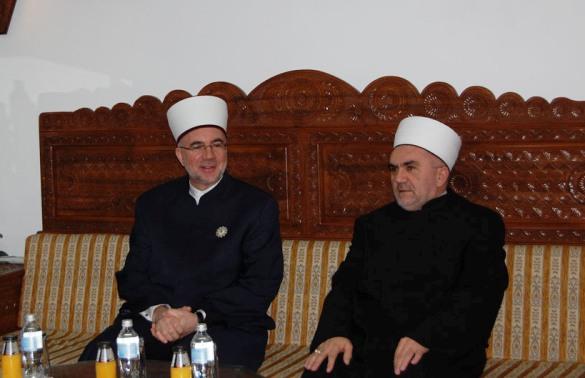 Delegacija Muftijstva tuzlanskog posjetila Mešihat IZ u Srbiji