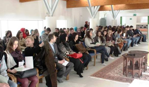 Održana XVI Internacionalna debata učenika srednjih škola u Medresi