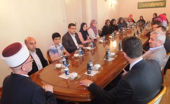 Učenici i profesori medrese Aziz Bajraktar iz Istanbula u Muftijstvu tuzlanskom
