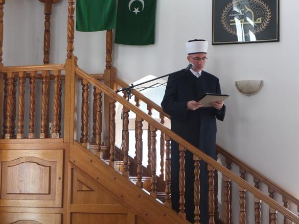 Hutba muftije tuzlanskog Vahida-ef. Fazlovića u Srebrenici