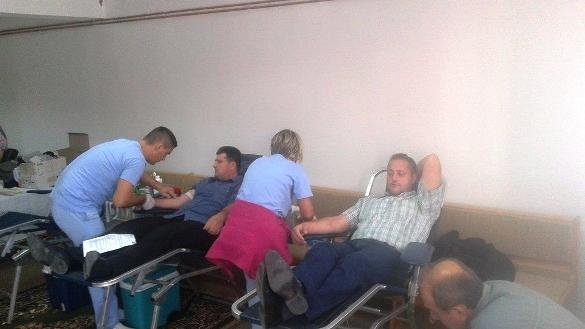 U Srebreniku darovali krv