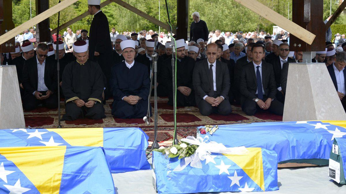 Hutba muftije Vahid-ef. Fazlovića u Bratuncu: Trajna obaveza prema plemenitim šehidima
