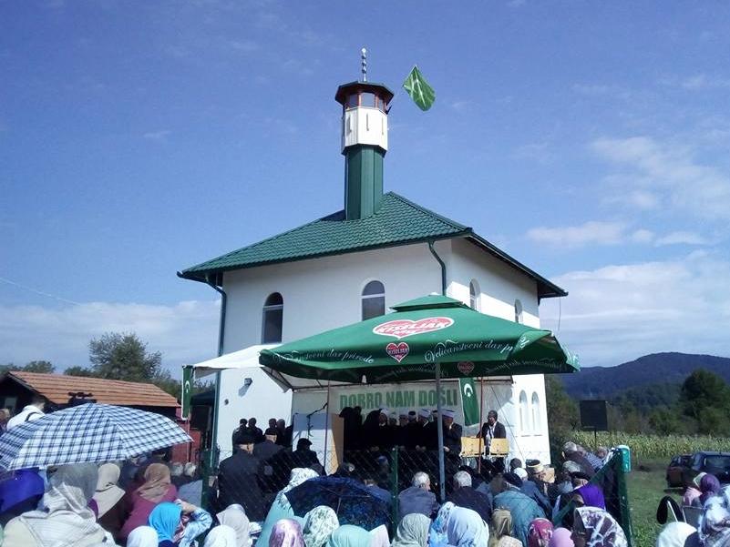 U tuzlanskom naselju Šabani svečano otvorena džamija