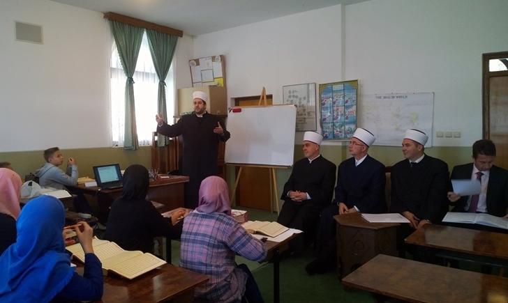 Reisu-l-ulema Husein-ef. Kavazović posjetio mekteb u živiničkom džematu Priluk