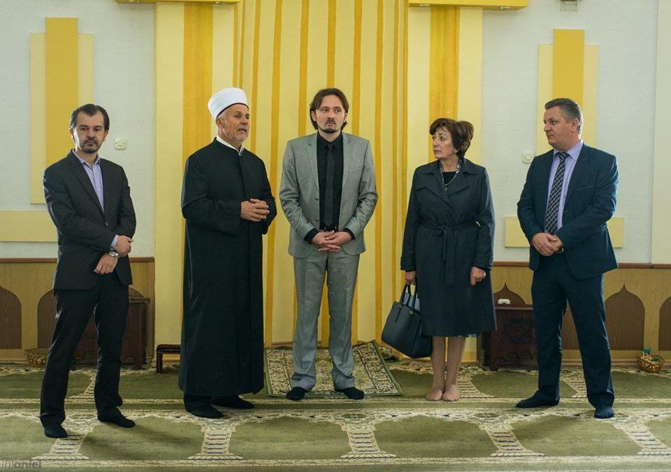 Federalna ministrica posjetila Medžlis IZ Orašje i džamiju Aziziju