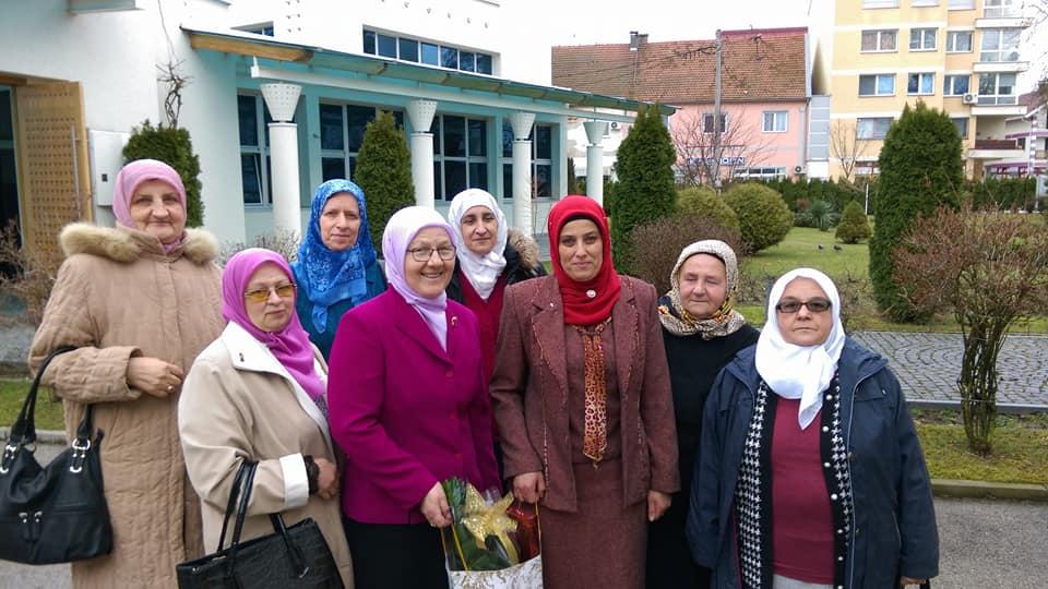 Predstavnice Medžlisa IZ-e Bosanski Šamac posjetile Centar za aktivno starenje u Gradačcu