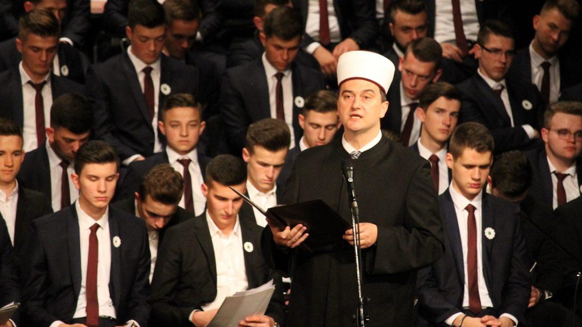Govor direktora Behram-begove medrese Ahmed-ef. Hatunića na akademiji 342. generacije maturanata
