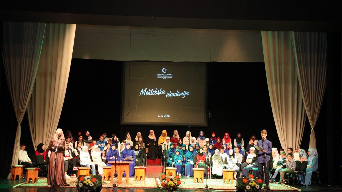Tuzla: Šesta mektebska akademija