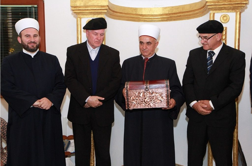 U penziju ispraćen tuzlanski imam Šahin-ef. Đulović