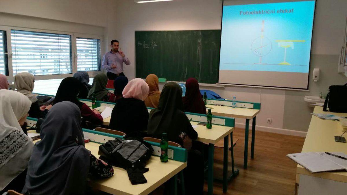 Susret mladih matematičara i fizičara u Behram-begovoj medresi