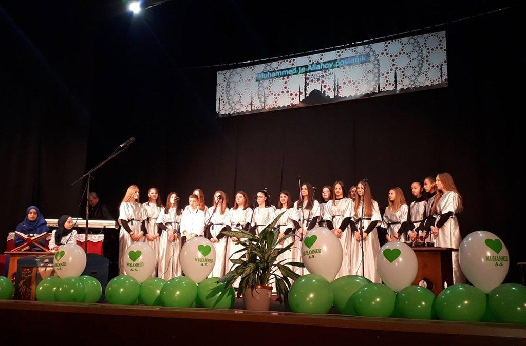 O Poslaniku, a.s., govorili učenici osnovnih i srednjih škola u Živinicama