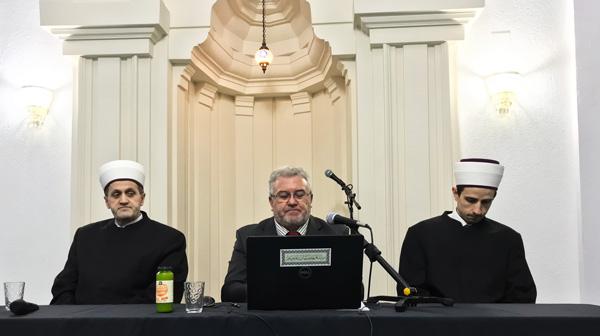 "Tribina u Brčkom: ""Muslimani u traganju za identitetom"""