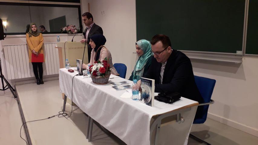 "Promovisana knjiga ""Narukvica"" Mensure Durgutović"
