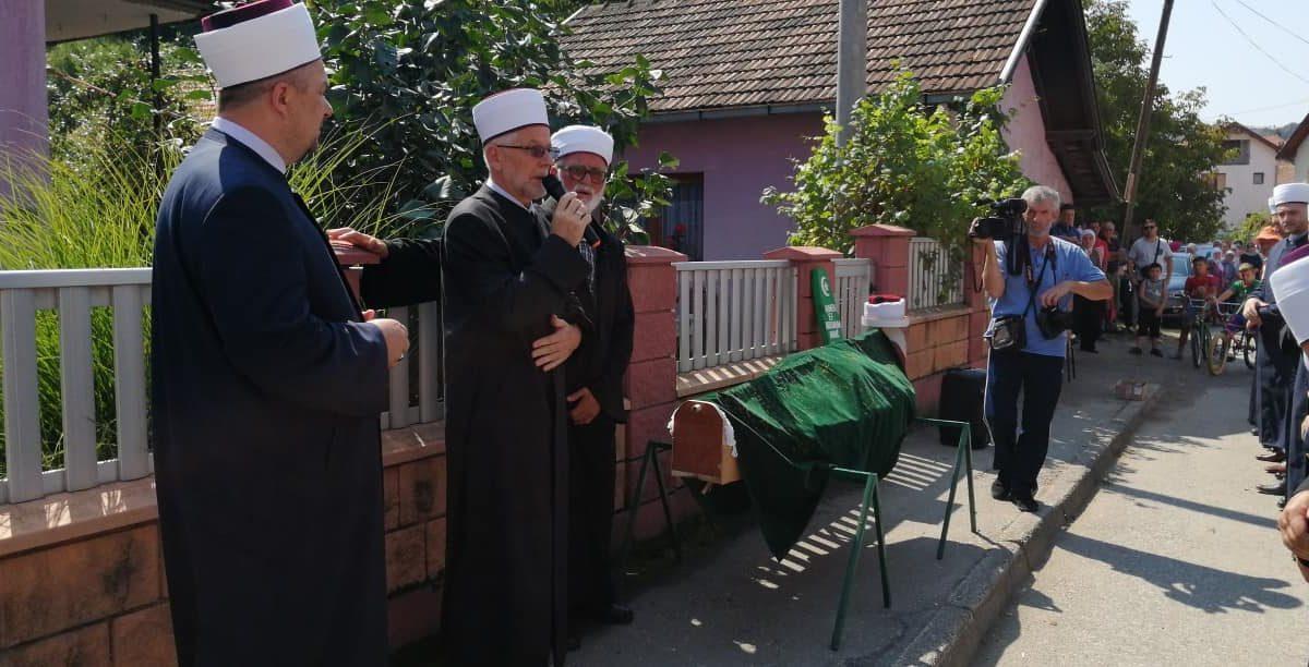 U Čeliću klanjana dženaza Ahmedu-ef. Abdurahmanoviću