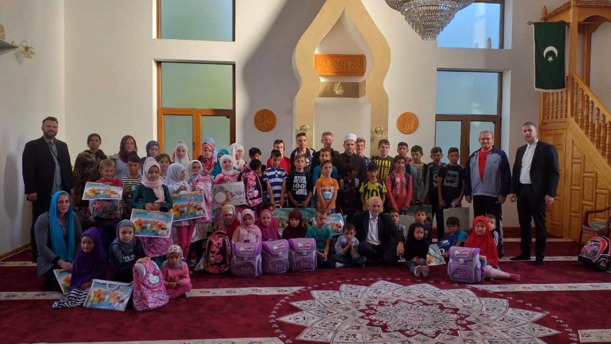 Školske torbe i pribor za djecu u Modriči
