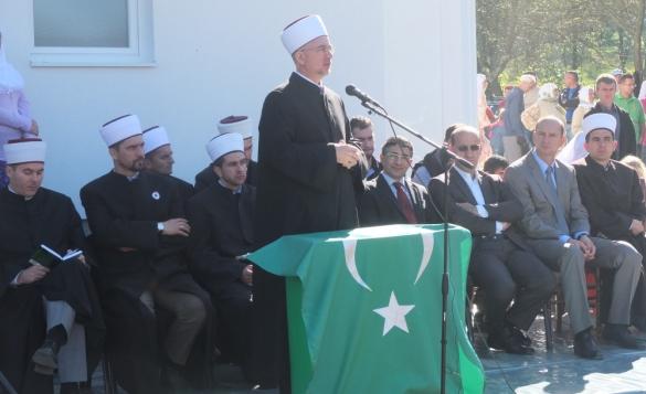 Otvorena džamija u Žanjevu