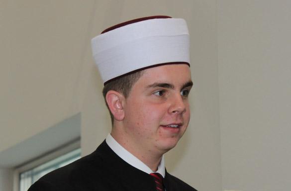 Mladi Ismail Fazlović trideset i drugi hafiz Behram-begove medrese