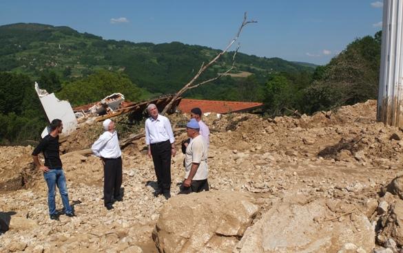 U Srebrenici i Bratuncu prekinute komunikacije, u Cerskoj planovi za novu džamiju