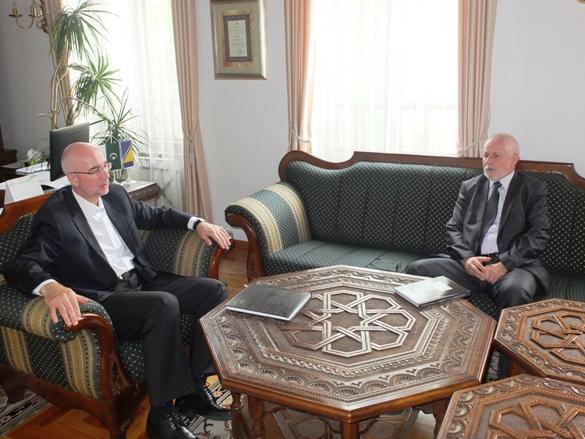 Posjeta muftije Hamed-ef. Efendića Muftijstvu tuzlanskom