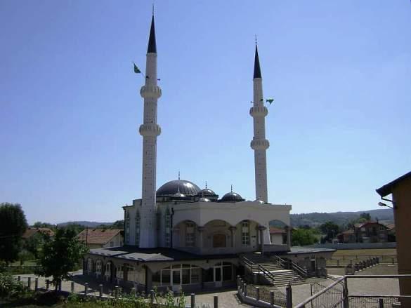 Svečano otvorena džamija u Donjoj Orahovici