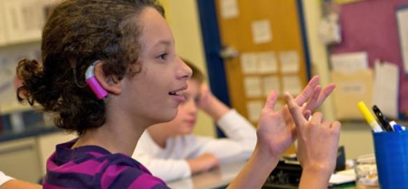 Vjersko poučavanje osoba sa oštećenim sluhom
