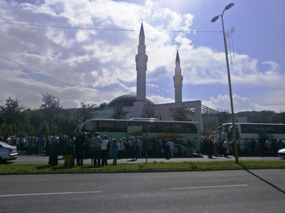 Na hadž otputovalo 185 hadžija sa područja Muftijstva tuzlanskog
