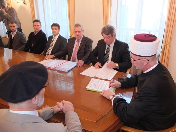 Počinje ponovna izgradnja džamije u Cerskoj koja je uništena klizištem