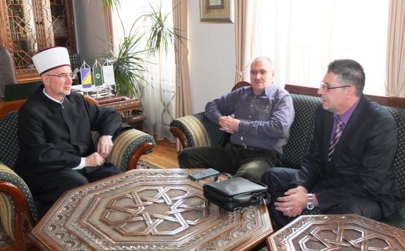Načelnik Srebrenika Omerović i privrednik Bašić kod muftije Fazlovića