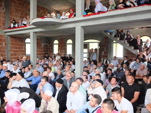 Šljemenska dova za džamiju u Cerskoj
