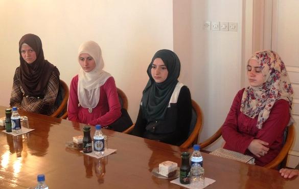 Četiri mlade hafize kod muftije tuzlanskog