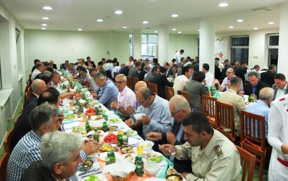Iftar muftije tuzlanskog