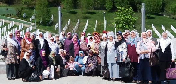 Gradačac-Bos. Šamac: Posjeta Memorijalnom centru Srebrenica-Potočari