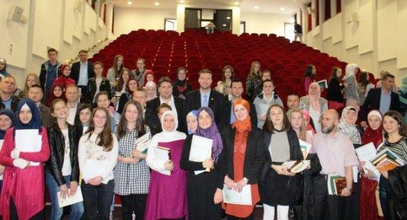 Takmičari Muftijstva tuzlanskog odlični na 5. takmičenju islamske vjeronauke u BiH