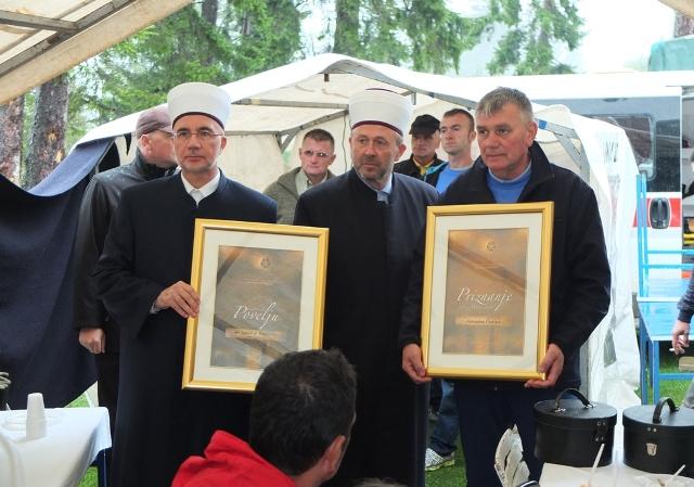 """Priznanje """"Lastavička povelja"""" dodijeljeno muftiji tuzlanskom"""