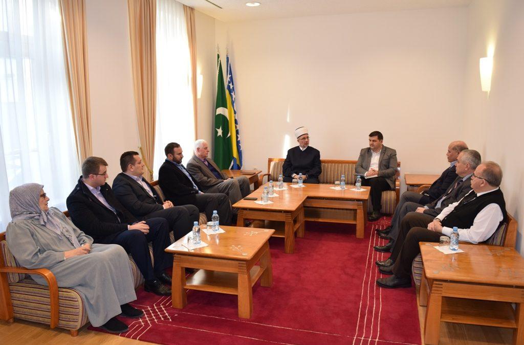 Nastaviti sa razvojem i intenzivnim programima u džematu Kralj Abdullah u Tuzli
