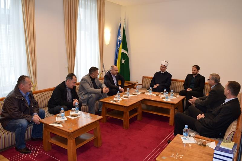 Ministar Skopljak i predstvanici boračkih organizacija posjetili muftiju tuzlanskog