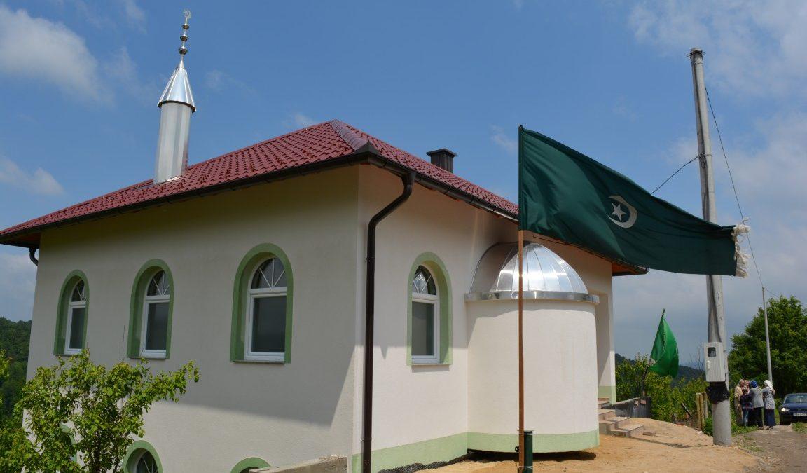 Otvoren mesdžid u Čekanićima kod Srebrenika