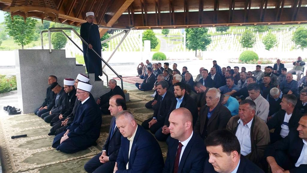 Zajedno sa džematlijama Srebrenice pred ramazan