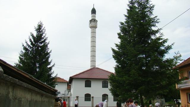U lukavačkom džematu Poljice-Dublje svečano otvorena džamija