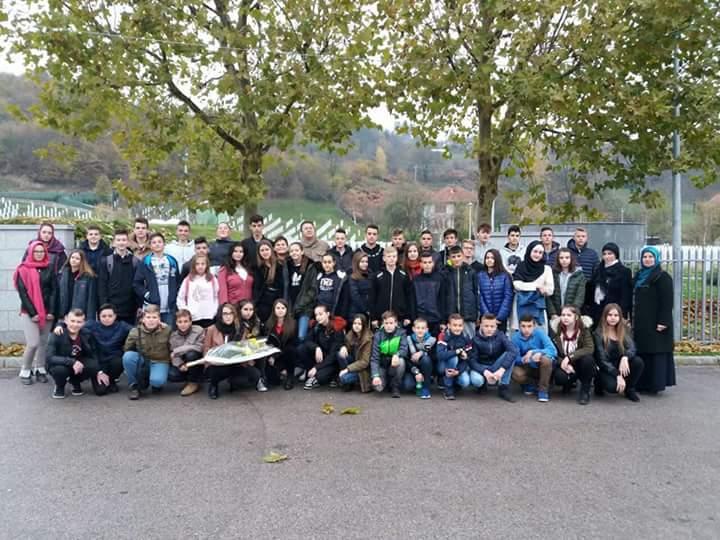 Učenici O.Š. Slavinovići u Memorijalnom centru Potočari