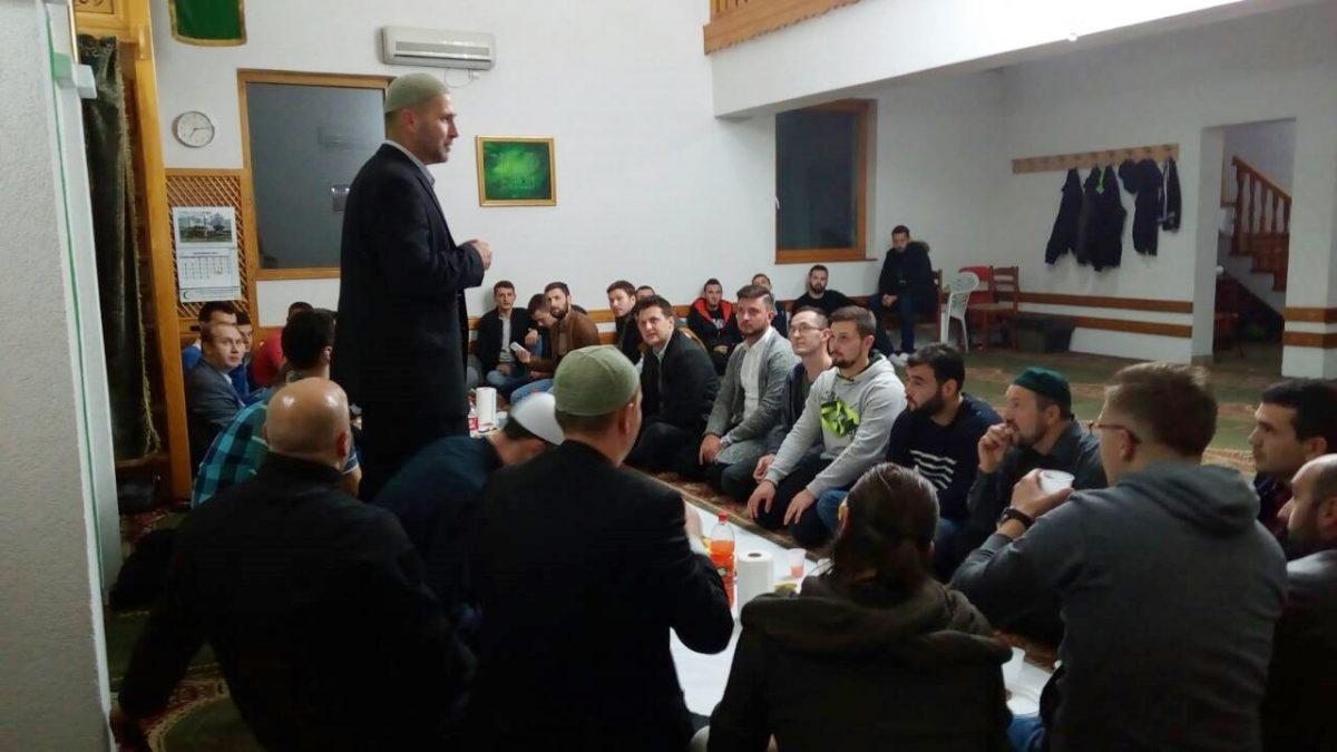 Nastavljena druženja mladih u tuzlanskim džematima