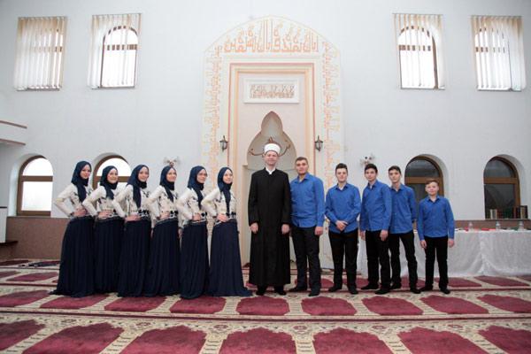 Promovirano 11 novih učača Kur'ana u brčanskom džematu Brka Nova