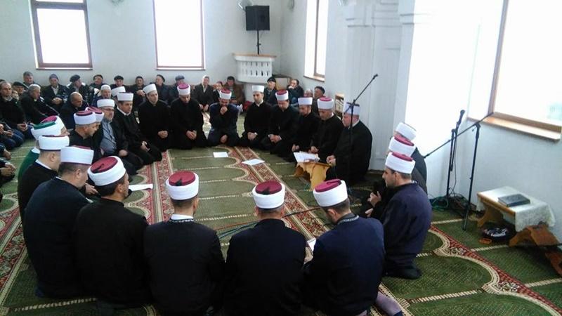 Mevlud u Riječanskoj džamiji u Zvorniku.