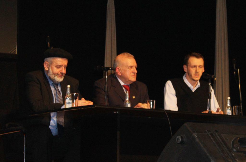 Na tribini u Tuzli govorili general Dudaković i muderris Halilović