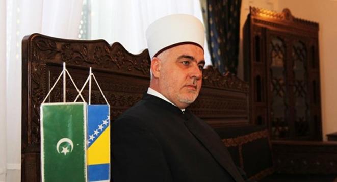 Reisu-l-ulema: Islamska zajednica u BiH nije povezana s politikom ni sa strankama