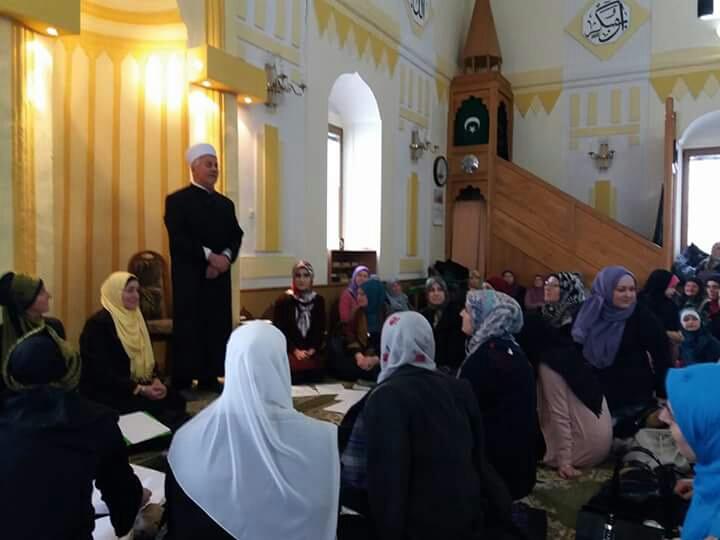Orašje: Mevlud za žene u džamiji Aziziji