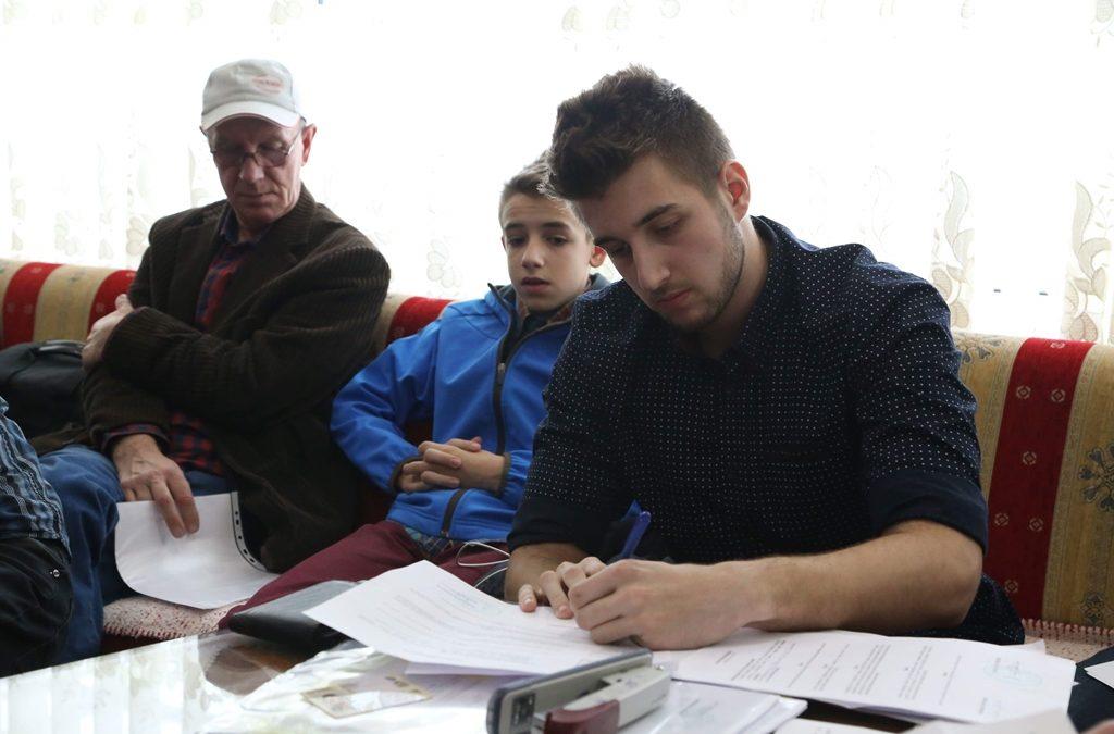 Medžlis Tuzla dodijelio 44 stipendije učenicima i studentima