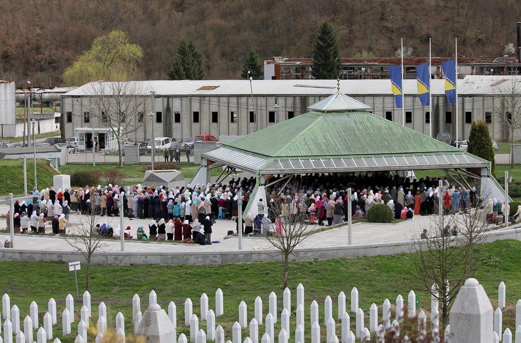 U šehitlucima Srebrenice će se zauvijek potvrđivati općeljudske vrijednosti za koje su se borili naši šehidi