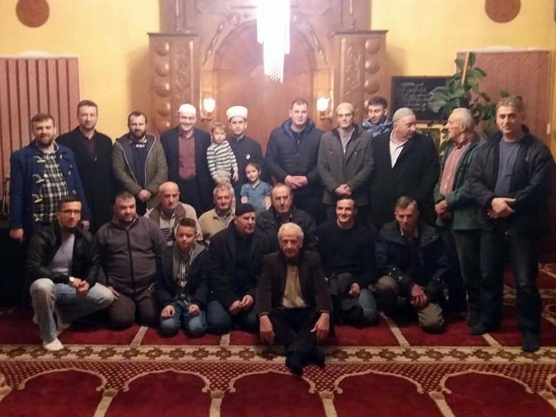 Hafiz Nedim Botić gost tribine u Tutnjevcu