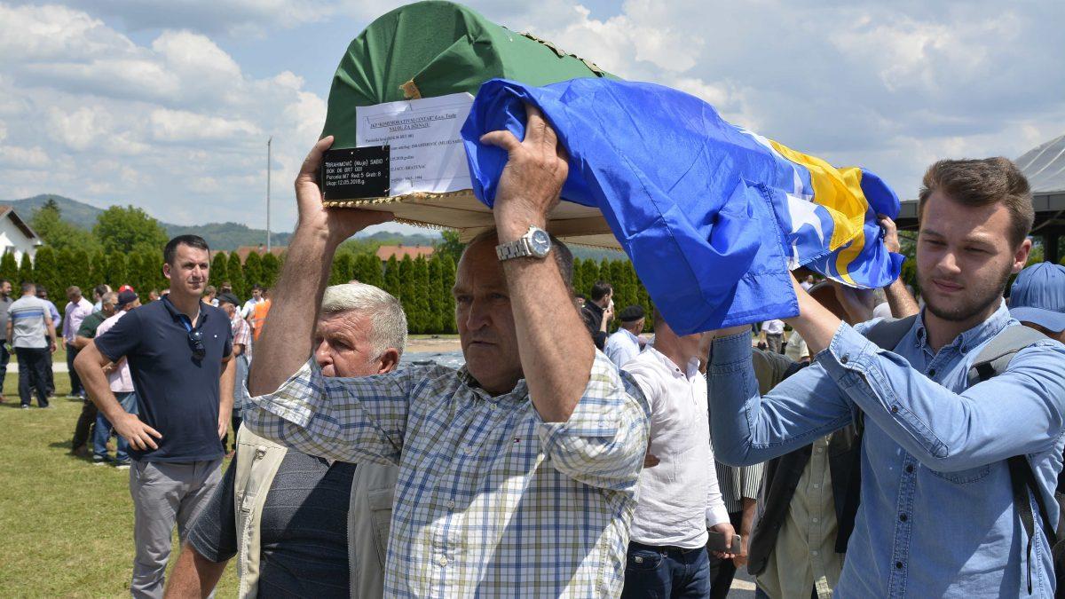 Na šehidskom mezarju Veljaci klanjana dženaza šehidu Sabidu Ibrahimoviću